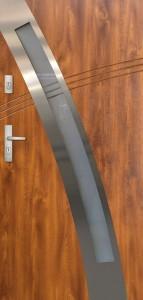 Tür mit Inox und Duo-Color Beispiel 12
