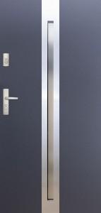 Tür mit Inox und Duo-Color Beispiel 20