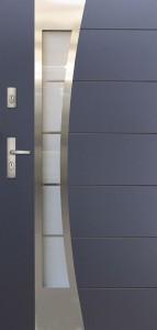 Tür mit Inox und Duo-Color Beispiel 24