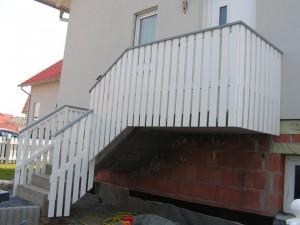 Balkon Riegelbauweise Beispiel 08